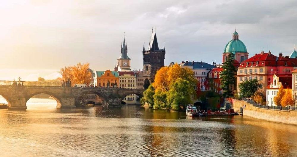 Поездки в Чехию с комфортом. Транспортная компания Днепр-Море.