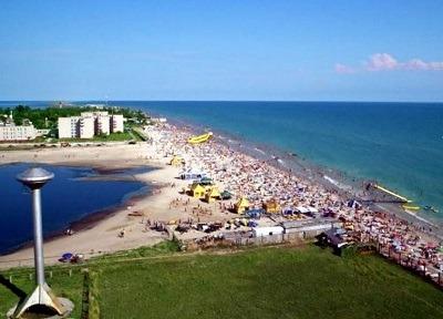 Снять жильё на Черном море. Лазурное. Компания Днепр-Море.