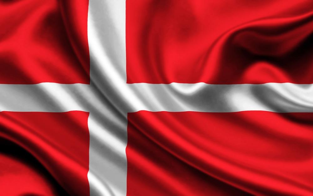 Поездки в Данию. Флаг. Компания Днепр-Море.