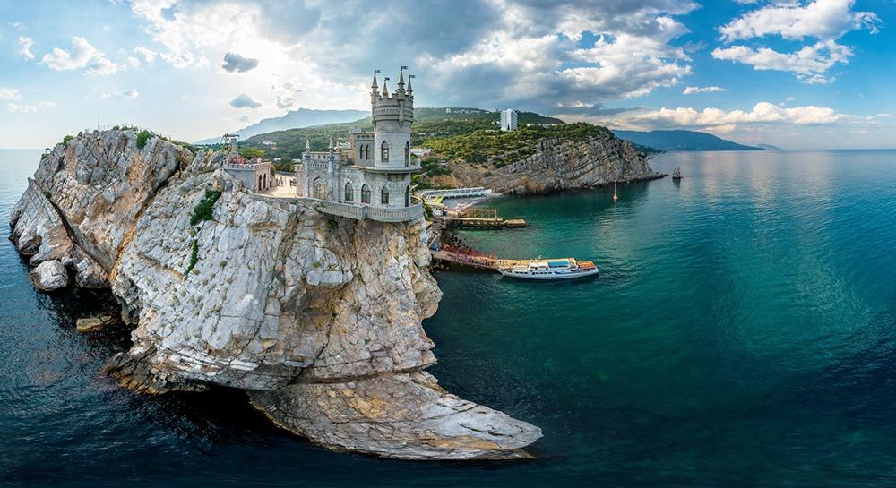 Поездки в Крым - с комфортом круглый год. Транспортная компания Днепр-Море.
