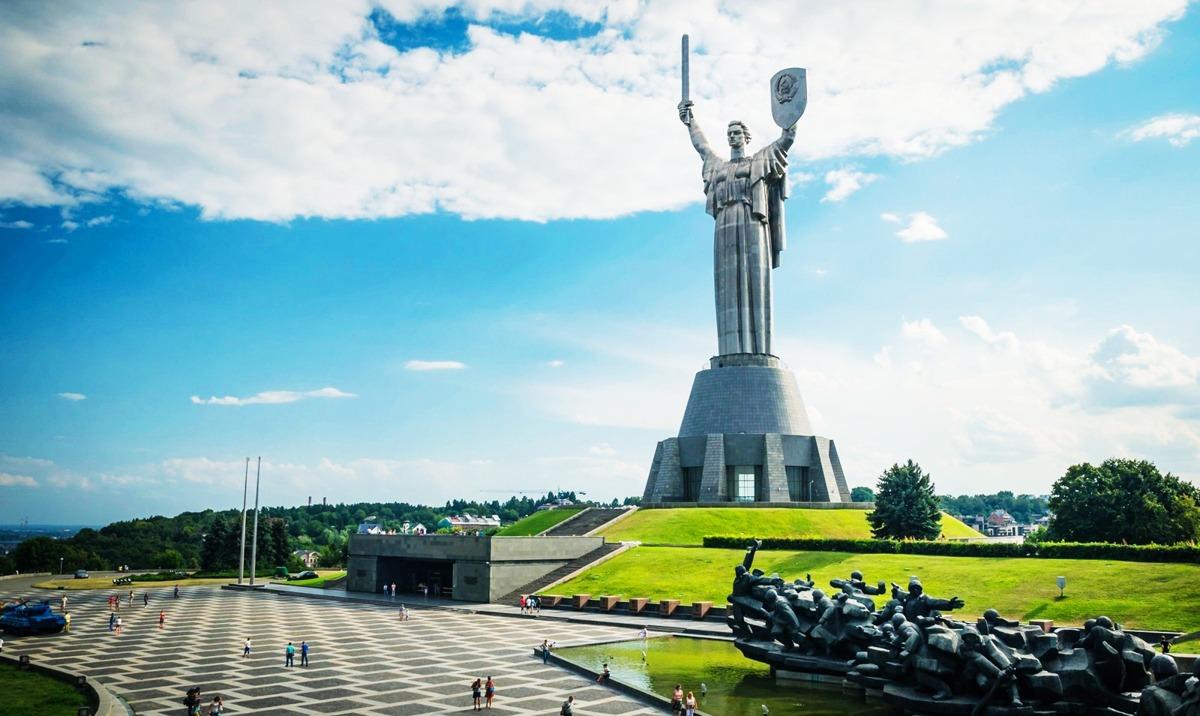 Поездки по Украине. Достопримечательности. Самое интересное с Днепр-Море.