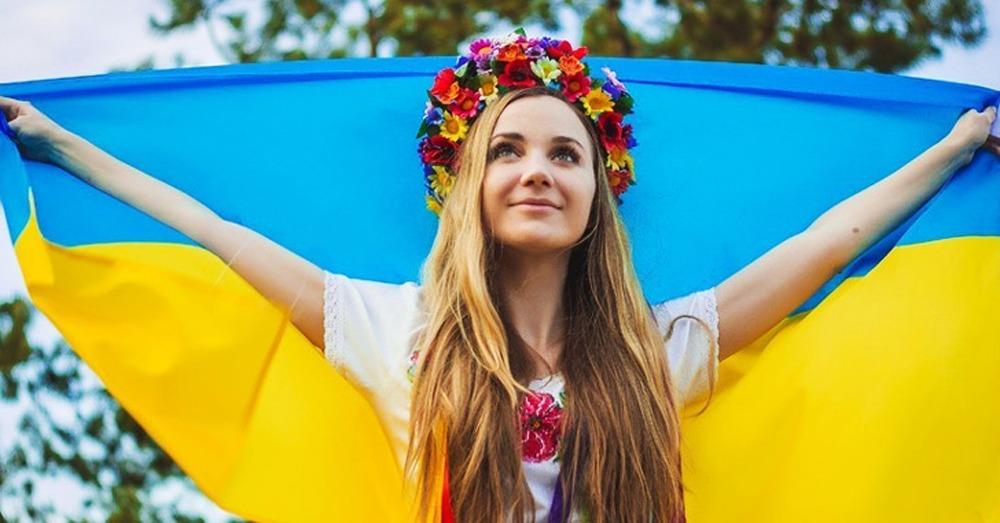 Поездки по Украине недорого с комфортом. Компания Днепр-Море.