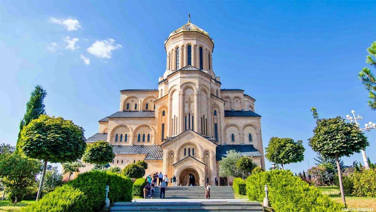 Экскурсионные туры в Грузию с компанией Днепр-Море.
