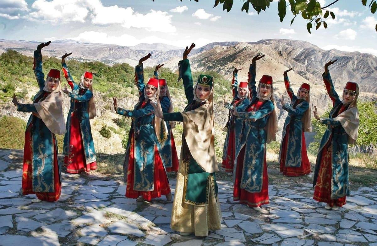 Достопримечательности Армении. Компания Днепр-Море