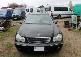 Mercedes-C240_2