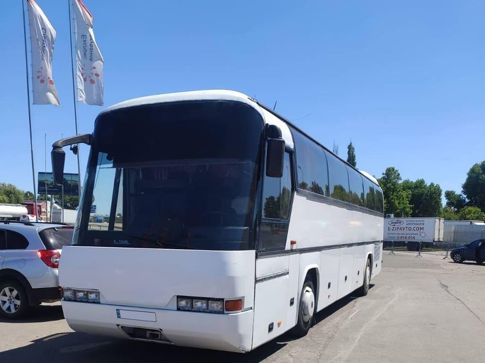 Автобус для экскурсии. Днепр-Море